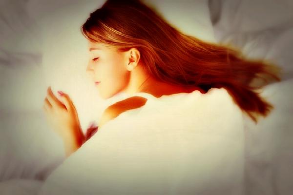 woman-sleep-otgore-photo1 slider new